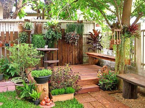 Как красиво обустроить двор частного дома своими руками фото
