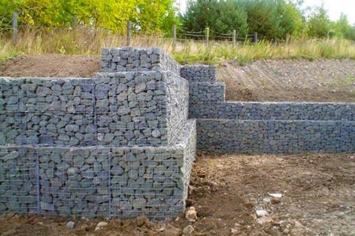Металлическая опорная стенка